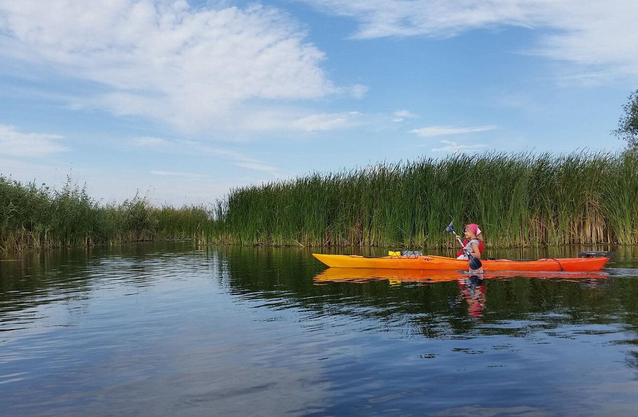 Excursie Delta Dunarii Tulcea- caiac portocaliu Parches
